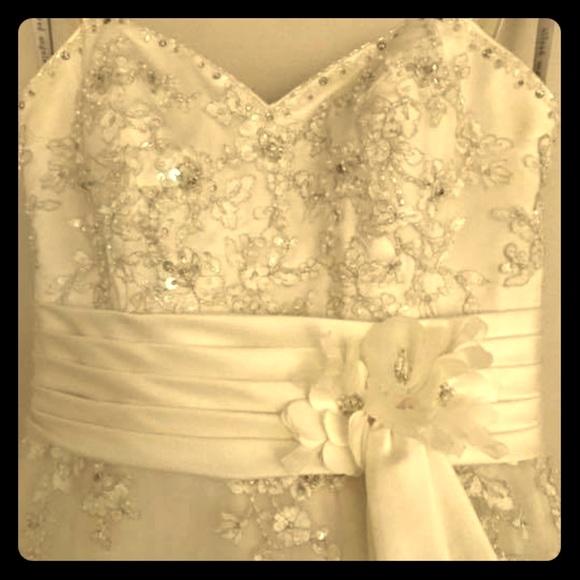 14fef8b9a912 Alfred Angelo Dresses | Wedding Dress Size 6 | Poshmark